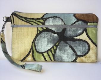 Wristlet; Floral Wristlet Wallet; Zipper Pouch; Phone Wallet; Cell Phone Wristlet; Cell Phone Purse; Clutch; Phone Case; Cell Phone Wallet