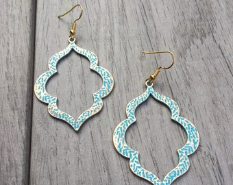 Moroccan shape gold and turquoise earrings // Fast and free shipping