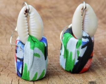 Earrings cowrie fabrics