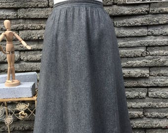Vintage 1980's Gray Wool Skirt  *  Size Small * Evan Picone