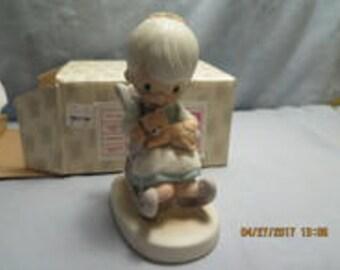 Precious Moments Purr-Fect Grandma Figurine E3109