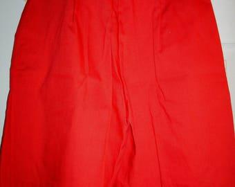 Red Walking Shorts, Casual, Bermuda Shorts  with Front Pleats & Pockets