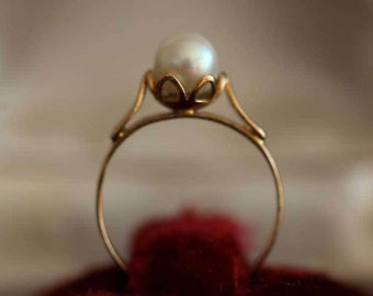 Bague ancienne en or massif 18k 18ct 750 serti d'une perle AKOYA perle japonaise vintage engagement ring old ring 1950's
