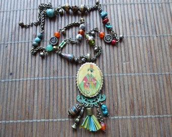 Chic Asian geisha-boho necklace