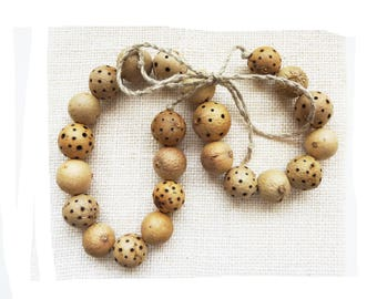 Natural organic plant burned and linen beaded necklace