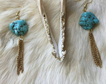 Turquoise Howlite Gold Chain Tassel Earrings