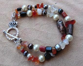 Handmade carnelian and freshwater pearl bracelet