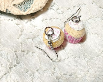 Vanilla cupcake earrings/ Raspberry swirl vanilla cupcake earrings/ Polymer clay cupcake earrings
