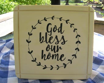 God Bless Our Home Wooden Sign Wall Plaque - Cream, Black Design - Family Room, Kitchen, Housewarming, Wedding Gift Wood Sign