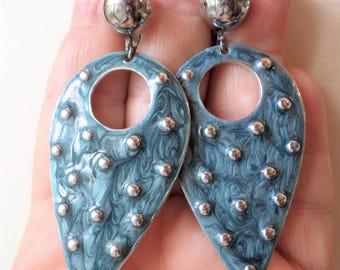 Vintage Fashion Enamel Retro Dangle Earrings.