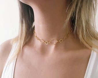 Small Geometric Choker