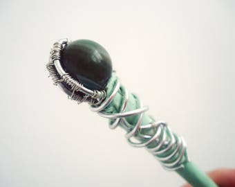 * Green with o * hair stick adorned with green agate, cold porcelain and wirewrap.