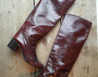 Vintage Bally made in Italy boots size 37