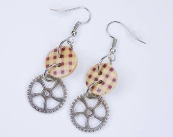 Earring gears with purple checkered wooden knob on silver-colored earrings earrings jewelry pendant earrings steampunk gear Retro Beige