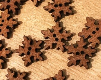 2 hole cute  wooden snowflake buttons, 18mm wood buttons, sewing, crafts, scrapbooking, 10 buttons per pack. Cute buttons
