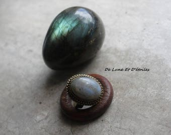 Magical and mystical labradorite ring