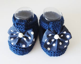 Navy baby wool slippers with a bow with white polka dots