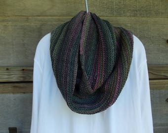Crochet INFINITY SCARF RED Heart Boutique Unforgettble Soft Fall Winter Colors Soft Yarn