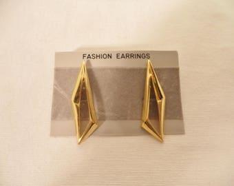 80s rocker pierced earrings// Gold tone geometric fun statement vintage costume jewelry// Dead stock new NWT