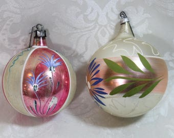 Two 1950's Christmas Ornaments