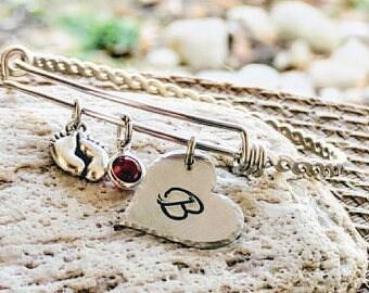 Baby birthstone jewelry,Baby birthstone, Mom bracelet, Mommy bracelet, Baby Initial bracelet, New mom gift, Family bracelet, Free Shipping