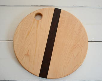 Circle Shaped Wood Cutting Board Serving Tray Handmade with Maple Walnut Wood Kitchen Utensil