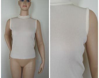Vintage Womens 1970s Ivory Sleeveless Ribbed Shell Pullover Top | Size M