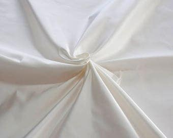876005-Satin Natural silk 100%, width 135/140 cm, made in Italy, dry cleaning, weight 190 gr