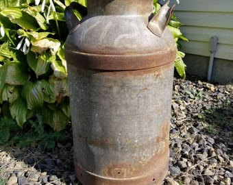 Antique Milk Jug / Vintage Milking Can / Farm Salvage / Country Kitchen / Creamery Can / Large Cow Milking Jug