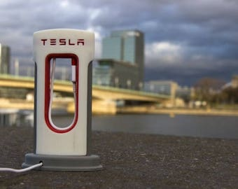 Tesla SuperCharger Phone station