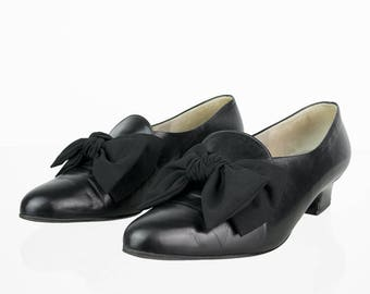Gabor Vintage pumps with bow 39
