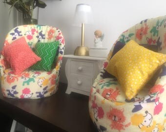 """Set of Chairs With Color For The 18"""" American Girl Dolls Furniture"""