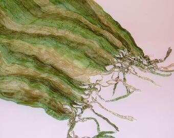 Elegant women's silk scarf corrugated