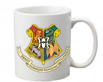 Harry Potter mug - Hogwarts coat of arms - Printed mug - Young reader - Harry Potter fan - Gifts for book lovers