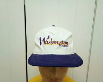 Rare Vintage WASHINGTON HUSKIES Embroidered Spell Out Cap Hat Free Size Fit All