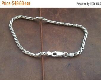 ON SALE Vintage Sterling Silver Rope Chain Bracelet