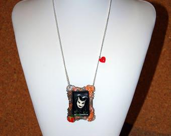 Evil Queen's Magic Mirror Necklace