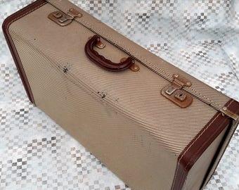Maleta, grande caja vintage, cuadros diseño equipaje, marrón cuero adornos, boda el apoyo, vitrina vintage.