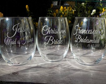 personalized bridal party favors, personalized bridesmaid glasses, personalised gifts for bridal party, personalised stemless glass,