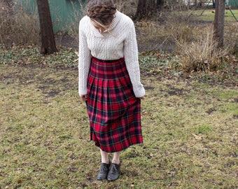Vintage plaid Pendleton skirt, plaid pleated skirt, pendleton skirt, Pendleton vintage, vintage skirt, 50's skirt, 50's vintage, plaid skirt