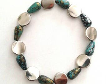 Pretty Speckled Blue and Silver Bracelet