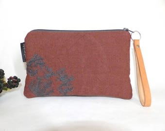 Brown embroidered pouch / fleece fabric bag / embroidery foliage / natural / phone pouch / rectangular pouch