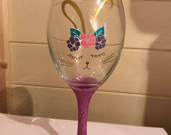 glitter bunny rabbit wine glass like unicorn. bunni perfect for Easter.