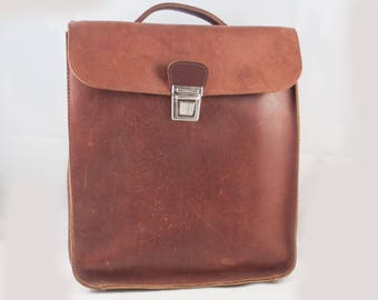 Reserved katy daigle - Vintage Brown Leather Briefcase, Backpack - School Bag – Work Bag - Laptop Bag
