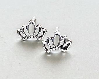 Silver Crown Ear Studs, Crown Earrings, Minimalist Silver Ear Studs, Gifts For Her, Dainty Earrings, Bohemian Ear Studs (180)