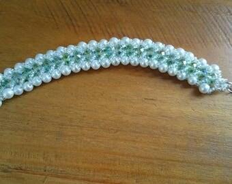 Green sparkly beaded flat spiral bracelet