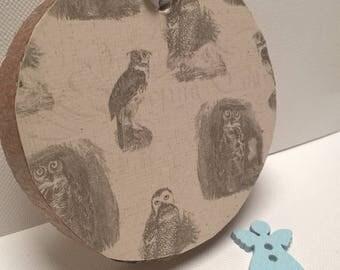 Woodland Owls- on wood slice