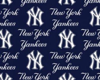 MLB - New York Yankees - words only 6646-B woven cotton 60 inch wide licensed major league baseball print baseball bat