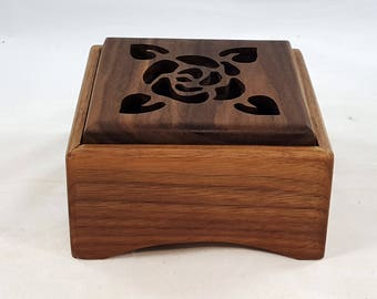 Potpourri Box,Potpourri Holder,Housewarming Gift, Rose in Walnut