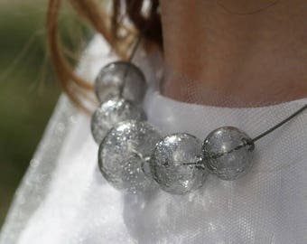 Glass necklace - Grey smoky color - Sparkling glass - Round rope with safe screw lock - Hand-blown glass bubbles - Lightweight